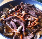 Beef slices with vegetables and Vinsanto wine